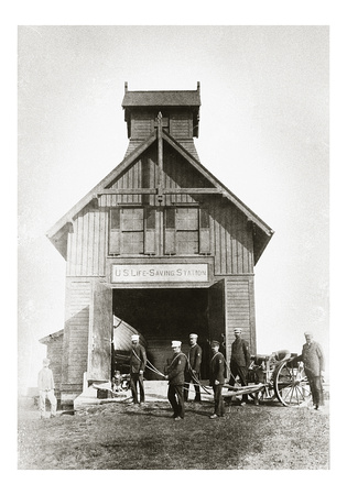 Ditch Plain Life Saving Station, 1898
